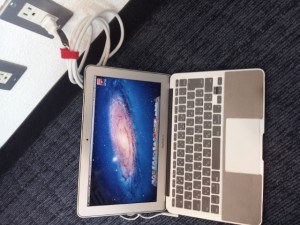 macbook air 電源確保